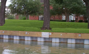 Bulkhead-Materials-grey-vinyl-bulkhead-and-grass